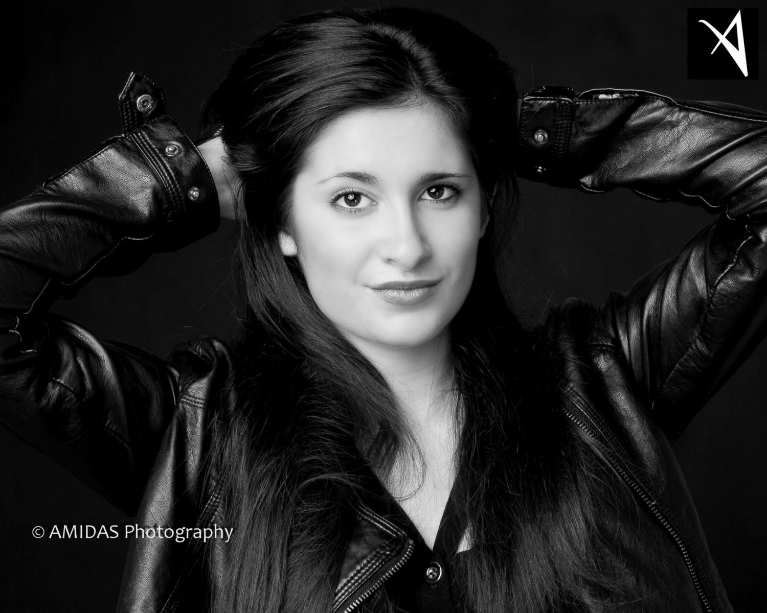 AMIDAS-Corporate-Headshots-London-07bw.jpg